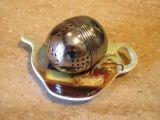 round-stainless-tea-ball-steeper451629