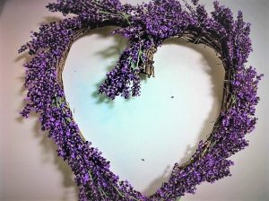 Fresh lavender heart wreath